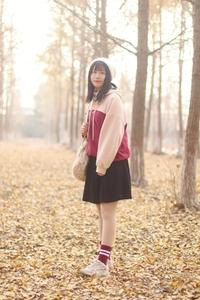 【闪耀女生】一千零一次银杏,爱摄影-荣耀俱乐部