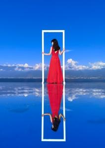 天空之镜—红裙,爱摄影-荣耀俱乐部